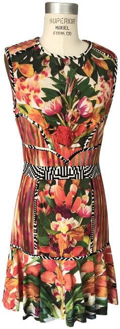 Item - Multi Color Abstract Print Mid-length Short Casual Dress Size 8 (M)