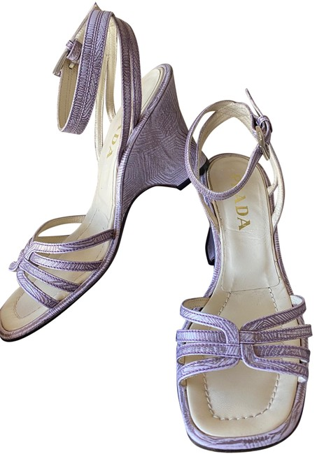 Prada Purple Leather Ankle Strap Open Toe Strappy Wedges. Sandals Size EU 37 (Approx. US 7) Regular (M, B) Prada Purple Leather Ankle Strap Open Toe Strappy Wedges. Sandals Size EU 37 (Approx. US 7) Regular (M, B) Image 1