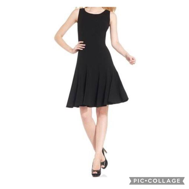 Item - Black Sleeveless Fit and Flare Mid-length Work/Office Dress Size 12 (L)