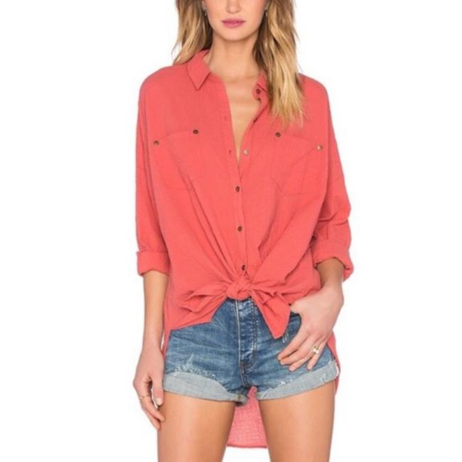 Item - Coral Puckered Love Her Madly Button-down Top Size 2 (XS)