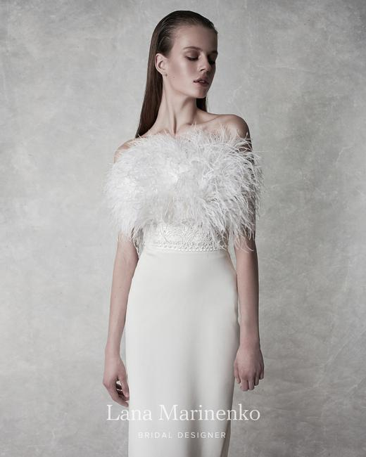 Item - White Straight Midi with Feathers | with Feather Sexy Wedding Dress Size 6 (S)