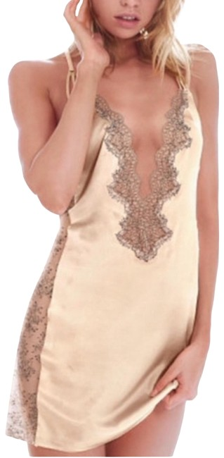 Item - Cream Chantilly Very Sexy Lace & Satin Slip Short Night Out Dress Size 4 (S)