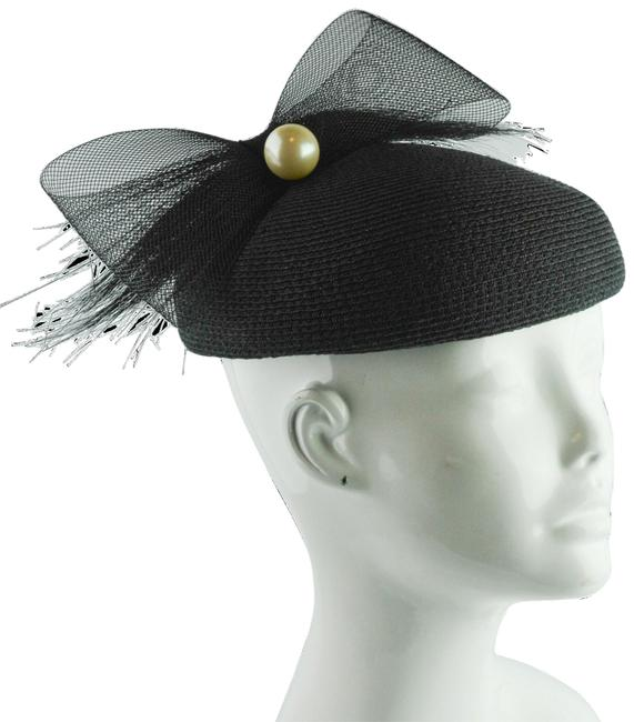 Item - Black Box Bow and Pearl Pillow Hat