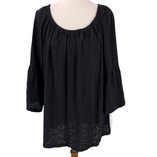 Item - Black Eyelet Blouse Size 20 (Plus 1x)