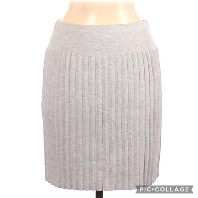 Item - Gray Accordion Pleated Knit Skirt Size 6 (S, 28)