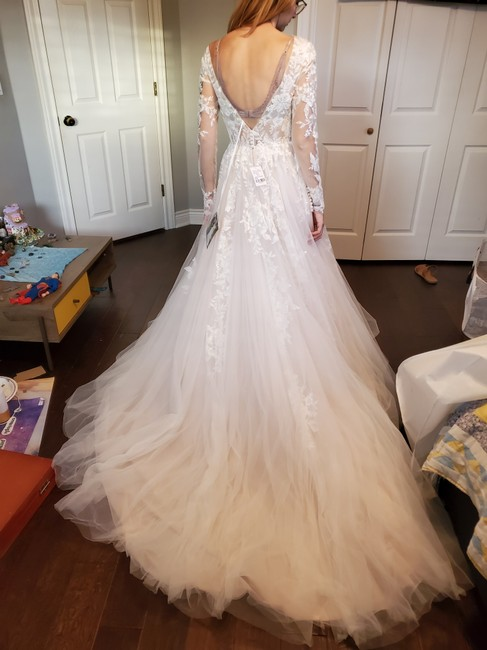 Item - Moscato Ivory White Lace Tulle D2737 Modern Wedding Dress Size 4 (S)