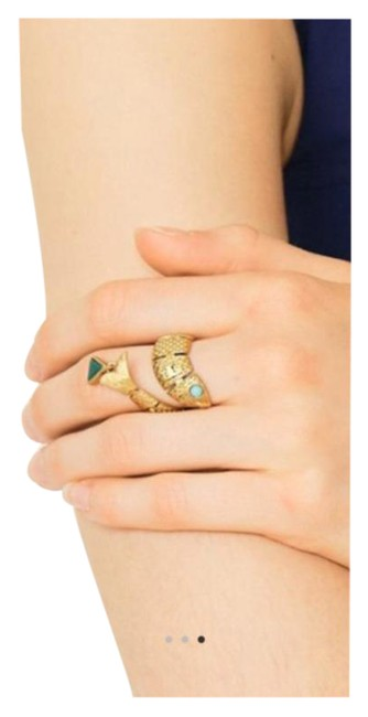 Item - Gold Green Fish Wrapped Ring
