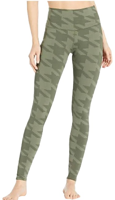 Item - Green | Houndstooth Print Activewear Bottoms Size 8 (M, 29, 30)