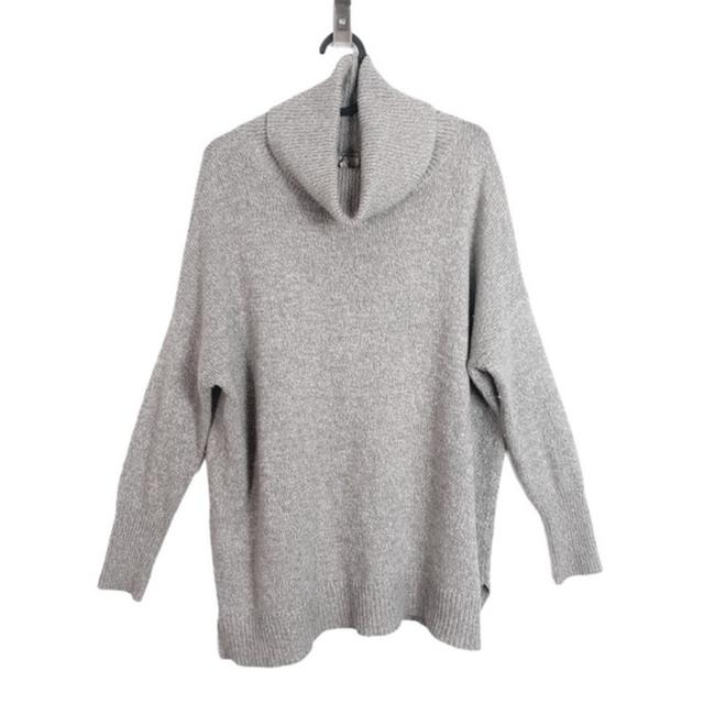 Item - Wool and Cashmere Blend Turtleneck Gray Sweater