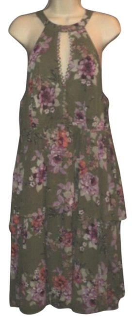 Item - Olive Green & Pink Tiered Layered Below Knees Cut-in Shoulders Floral Mid-length Cocktail Dress Size 12 (L)