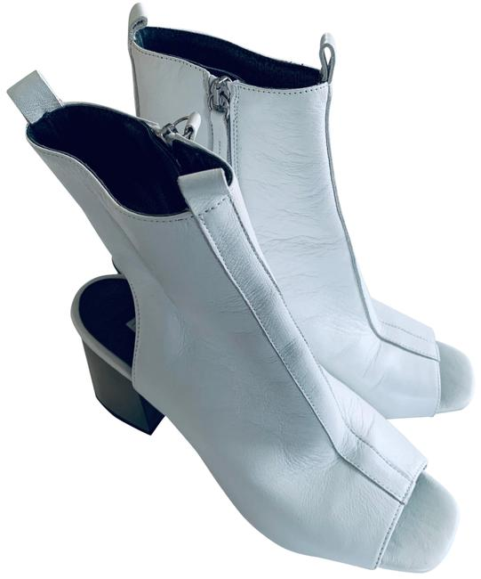 Item - White Marry Me Boots/Booties Size US 9 Regular (M, B)