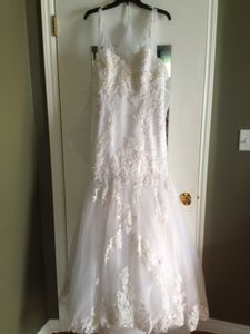 Enzoani Diamond White Blue Cincinnati/Charleston Traditional Wedding Dress Size 8 (M)