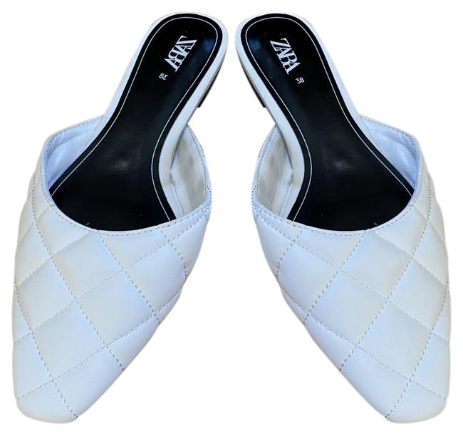 Item - White Quilted Mules/Slides Size US 7.5 Regular (M, B)