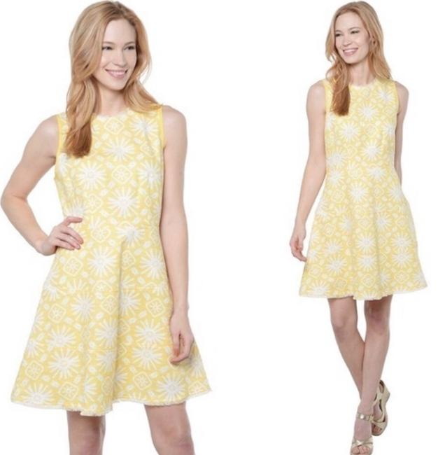 Item - Yellow Wear It On Short Night Out Dress Size 4 (S)