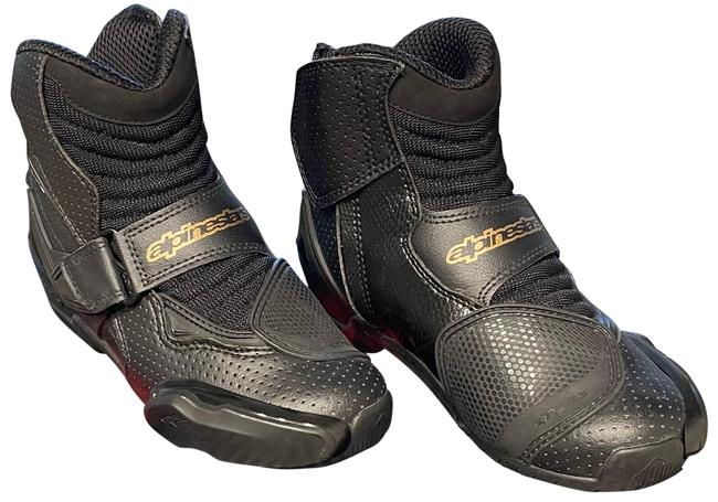 Item - Black & Gold Woman Motorcycle Boots/Booties Size US 5 Narrow (Aa, N)
