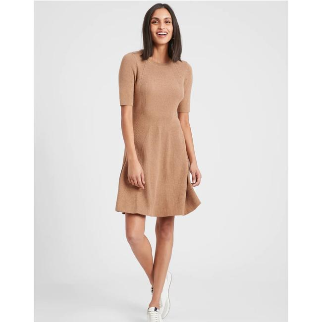 Item - Textured Fit and Flare Mid-length Short Casual Dress Size 18 (XL, Plus 0x)