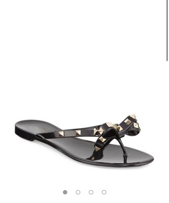 Item - Black Rockstud Pvc Thong Sandals Flats Size US 9 Regular (M, B)
