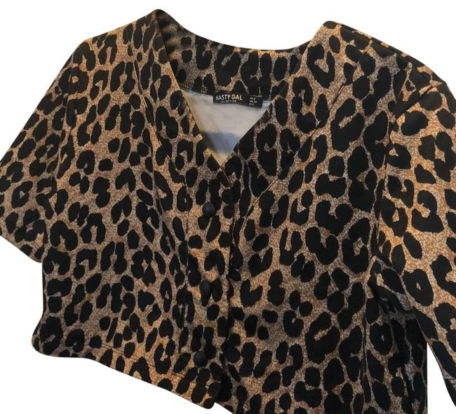 Item - Black Tan White Leopard Cropped Button Up Tee Shirt Size 2 (XS)