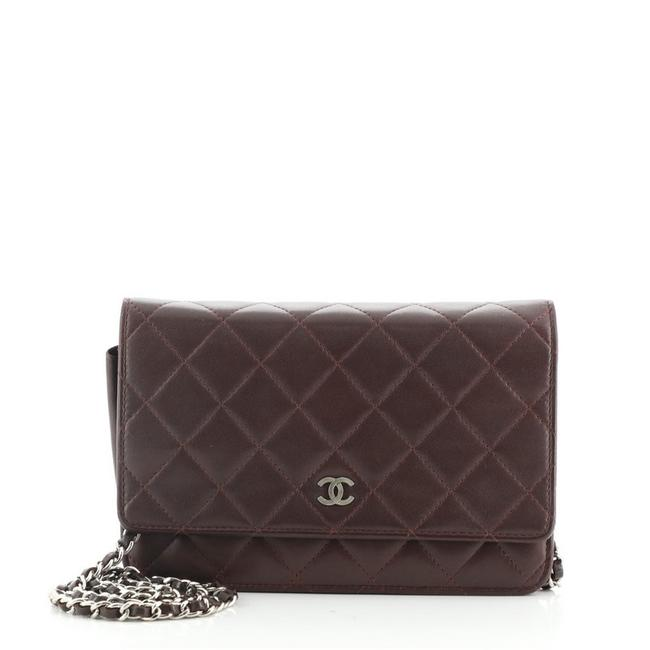 Item - Wallet on Chain Quilted Lambskin Red Leather Cross Body Bag