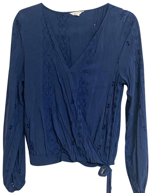 Item - Blue Floral Embroidered Faux Blouse Size 12 (L)