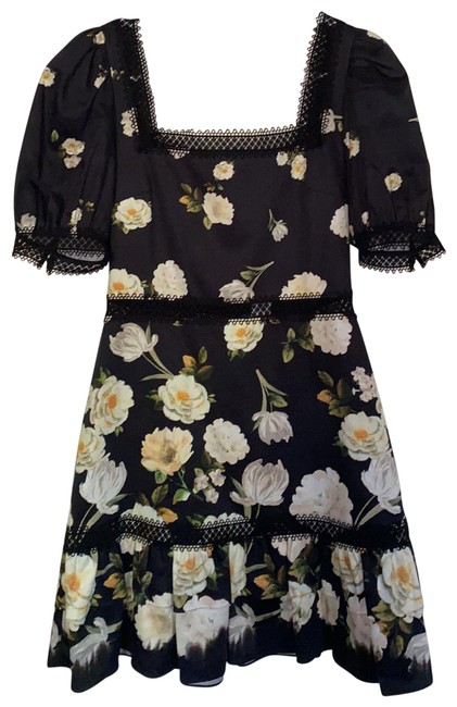 Item - Black/Floral Short Casual Dress Size 2 (XS)