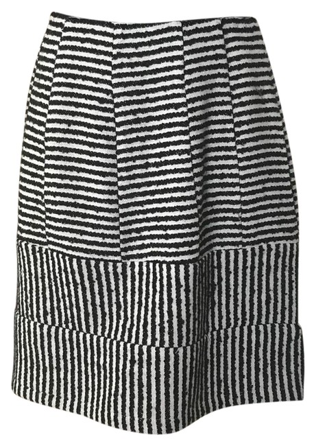 Item - Black and White Krista Skirt Size 0 (XS, 25)