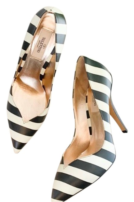 Item - Black White Garavani Striped Pointed Toe Pumps Size US 9.5 Regular (M, B)
