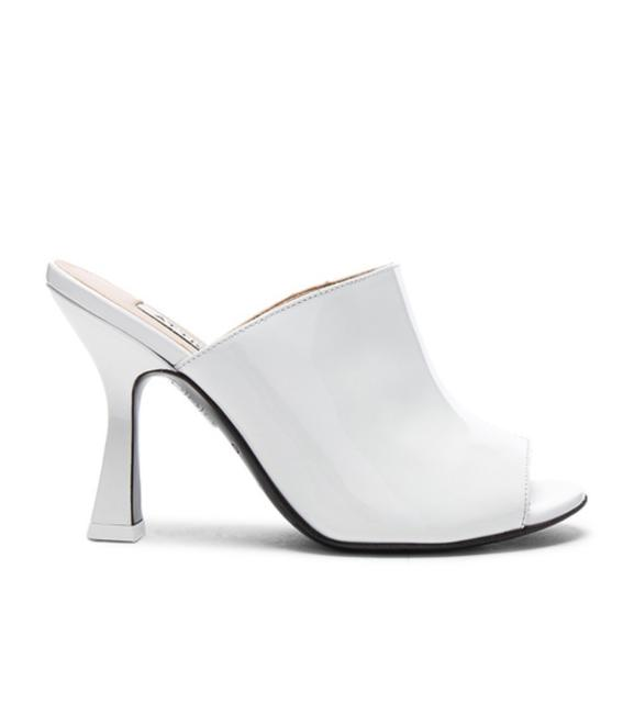 Item - White Tomaia Sandals Size EU 39 (Approx. US 9) Regular (M, B)