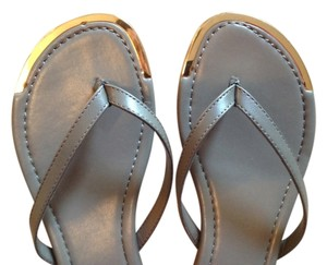 BLUE SAKS 5th AVE Nwt Taupe & Gold tone Sandals