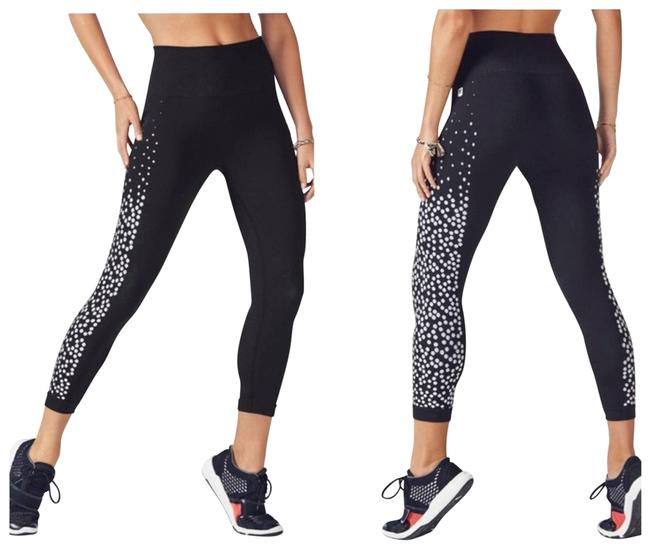 Item - Black XS Renee Seamless Capri Tights Dotted Activewear Bottoms Size 2 (XS, 26)