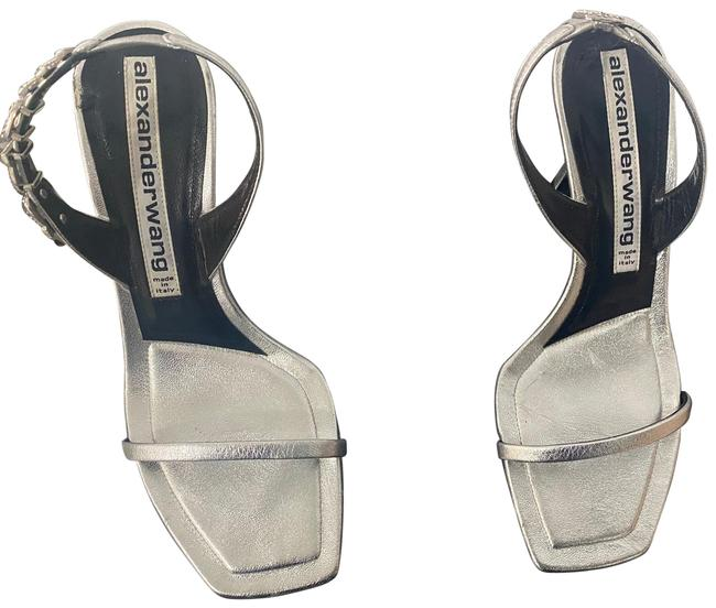 Item - Sliver Sandals Size US 8.5 Regular (M, B)