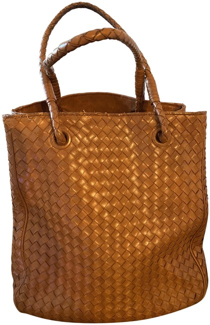 Item - Classic Weave Shoulder Rust Leather Tote