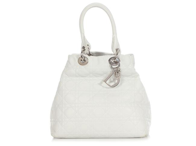 Item - Bag Cannage-quilted White Leather Tote