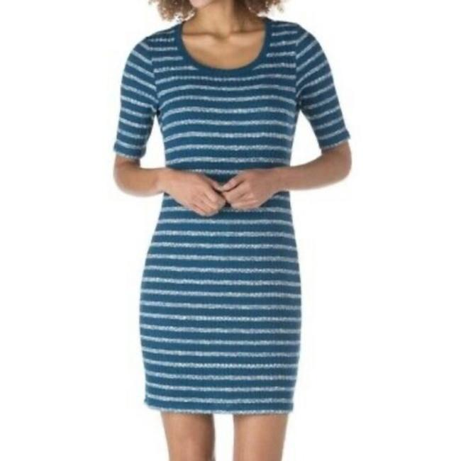 Item - Blue White & Striped Ribbed Short Casual Dress Size 12 (L)