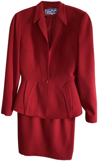 Item - Red Vintage Skirt Suit Size 6 (S)