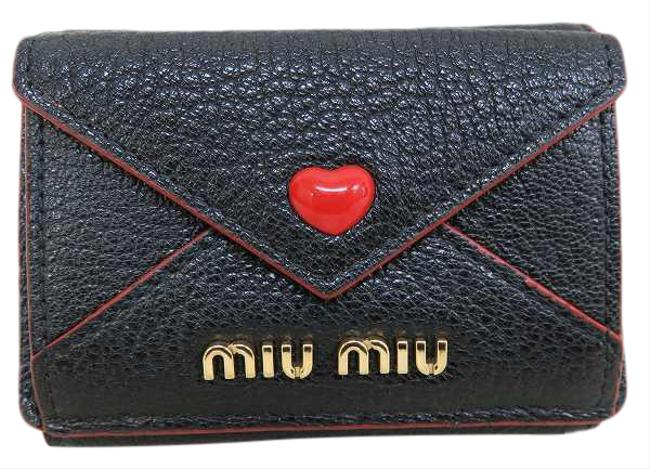 Item - Black / Red Color Madras Mini Tri-fold Ladies Wallet