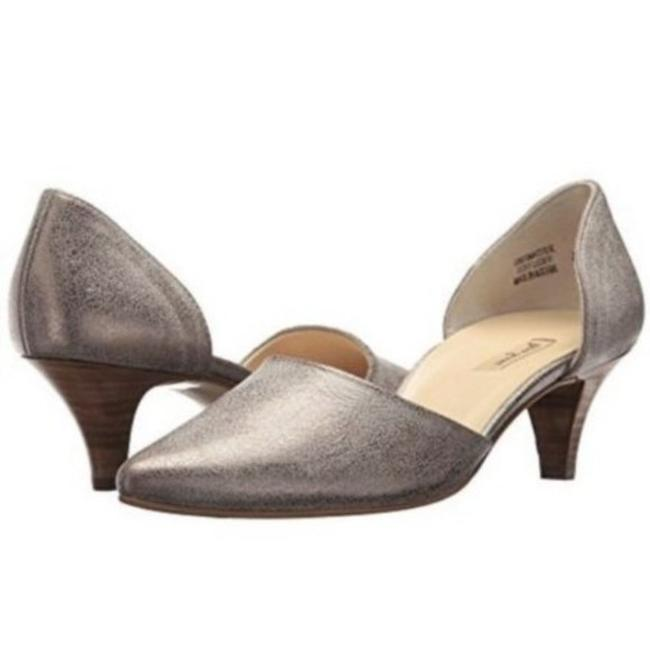 Item - Metallic Silver Julia D'orsay Kitten Heel Pumps Size US 7.5 Regular (M, B)