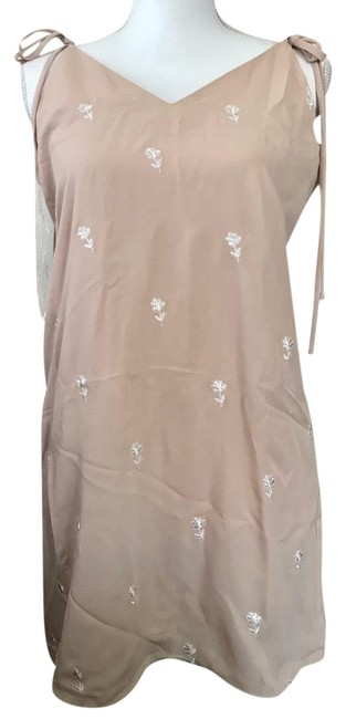 Item - Tan Embroidered M Short Casual Dress Size 8 (M)