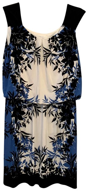 Item - Navy & White Floral Short Casual Dress Size 8 (M)