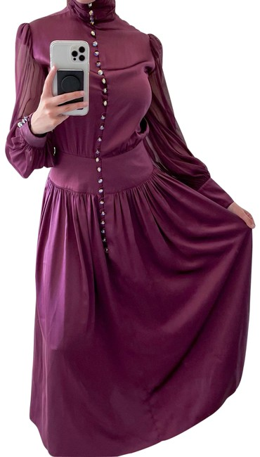 Item - Long Sleeves Purple Crystal Mid-length Cocktail Dress Size 6 (S)