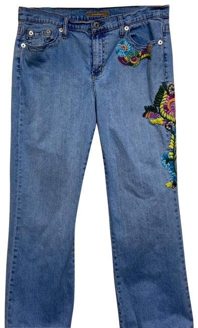 Item - Blue Embroidered Ladies 14 Vintage Medium Wash Bright Relaxed Fit Jeans Size 35 (14, L)