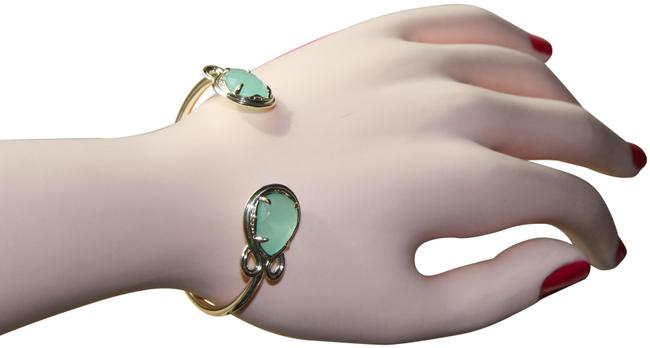 "Item - Green ""Andy"" Chalcedony Cuff Bracelet"