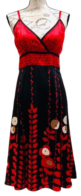 Item - Black and Red Unknown Mid-length Formal Dress Size 4 (S)