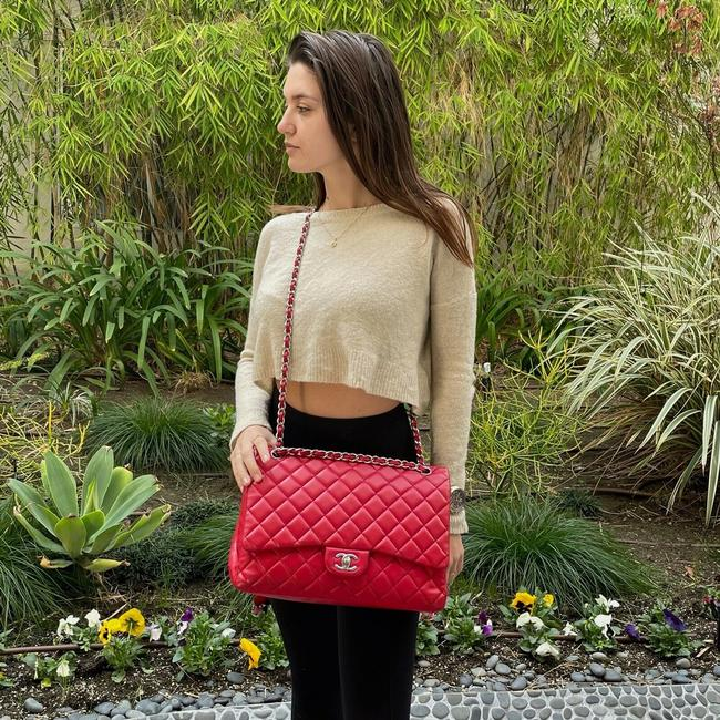 Item - Classic Flap Quilted Classic Single Red Lambskin Leather Shoulder Bag