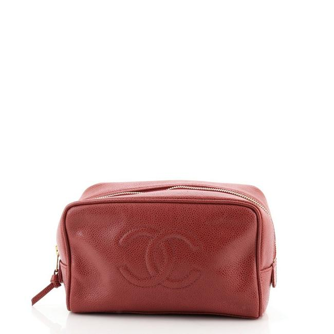 Item - Red Pouch Vintage Timeless Caviar Medium Cosmetic Bag