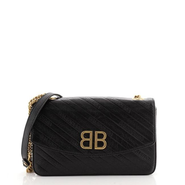Item - Bb Chain Round Quilted Embroidered Medium Black Leather Shoulder Bag