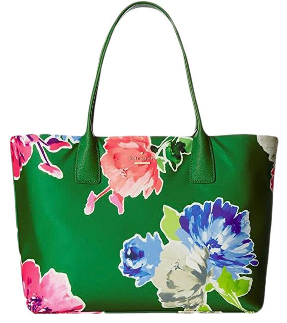 "Item - Classic ""catie"" Green Floral Nylon Tote"