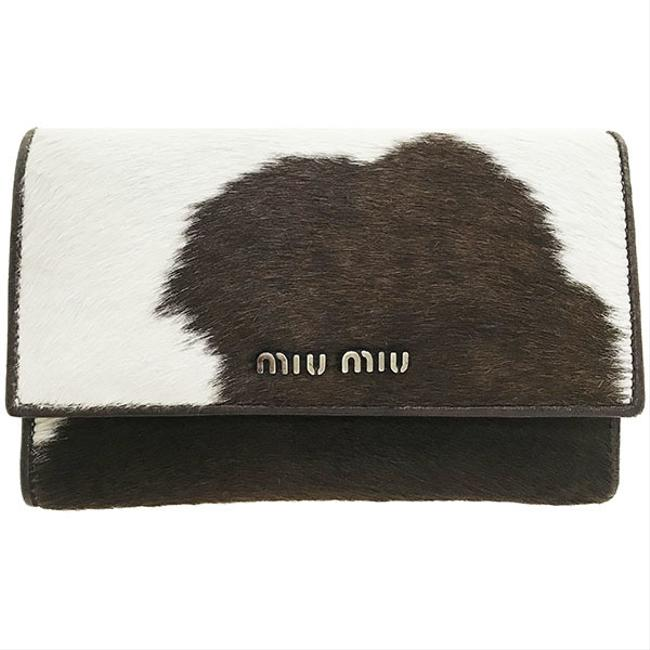 Item - Dark Brown / Ivory Animal Tri-fold Harako Leather 5m1097 Cow Pattern Middle Wallet