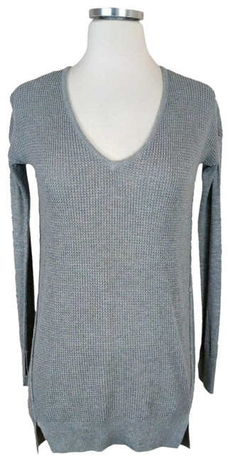 Item - W Long Sleeve Thumb Holes Gray Sweater
