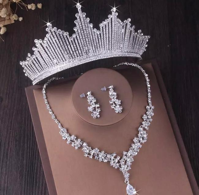 Item - 3 Piece Necklace Earring Set. Can Be Purchased Separately. Tiara